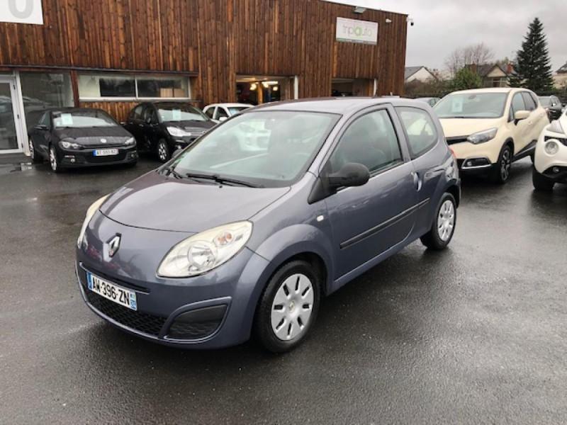 Renault TWINGO 1.2I 75 AUTHENTIQUE CLIM 1ERE MAIN DISTRI OK Essence GRIS Occasion à vendre