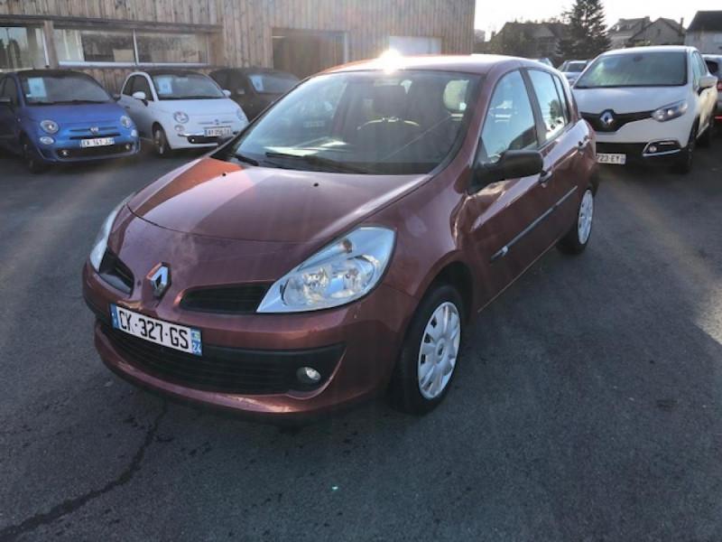 Renault CLIO 1.2I 75 DYNAMIQUE CLIM 71000KM DISTRI OK   CT OK Essence ROUGE Occasion à vendre
