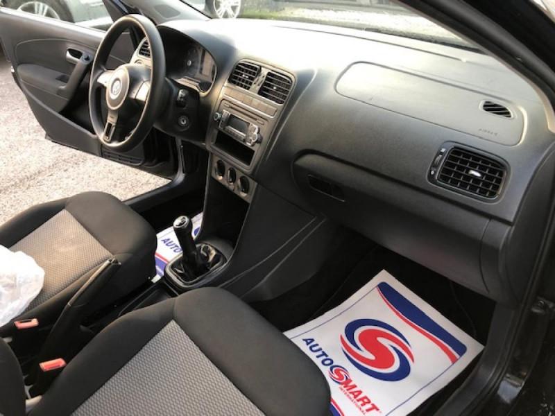 Photo 15 de l'offre de VOLKSWAGEN POLO 1.2 TDI CR FAP - 75  TRENDLINE CLIM à 6650€ chez Triplo auto