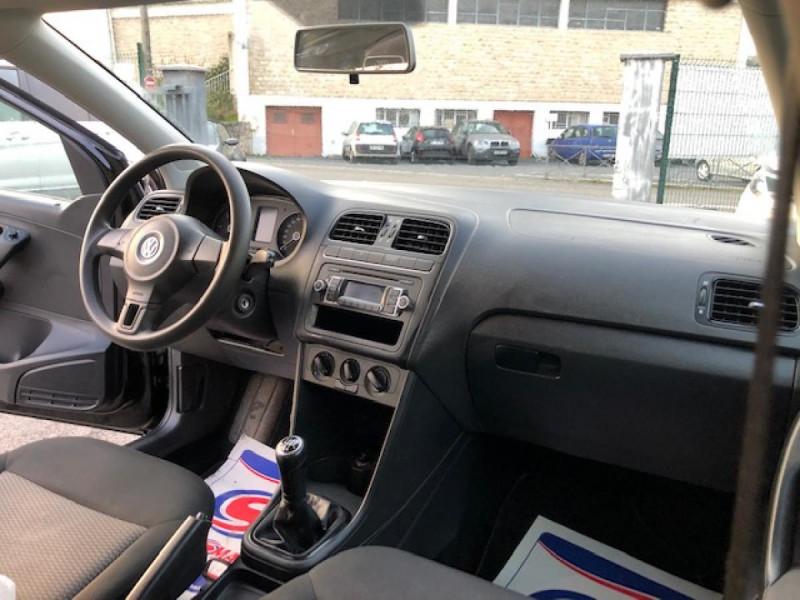 Photo 16 de l'offre de VOLKSWAGEN POLO 1.2 TDI CR FAP - 75  TRENDLINE CLIM à 6650€ chez Triplo auto