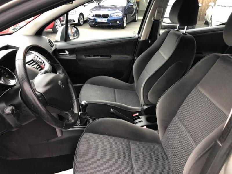 Photo 12 de l'offre de PEUGEOT 207  1.4 VTI 16V  BERLINE TRENDY  à 5490€ chez Triplo auto