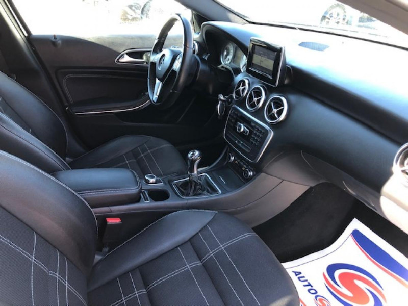 Photo 11 de l'offre de MERCEDES-BENZ CLASSE A A 200 CDI FAP BLUEEFFICIENCY  SENSATION  à 12990€ chez Triplo auto