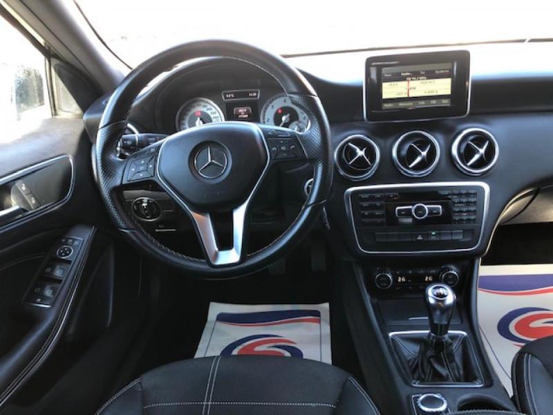 Photo 15 de l'offre de MERCEDES-BENZ CLASSE A A 200 CDI FAP BLUEEFFICIENCY  SENSATION  à 12990€ chez Triplo auto