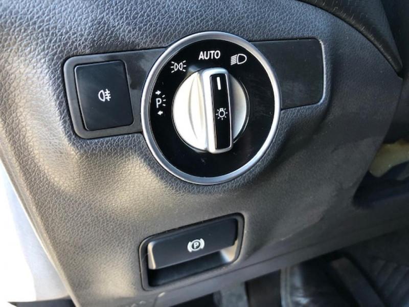 Photo 21 de l'offre de MERCEDES-BENZ CLASSE A A 200 CDI FAP BLUEEFFICIENCY  SENSATION  à 12990€ chez Triplo auto