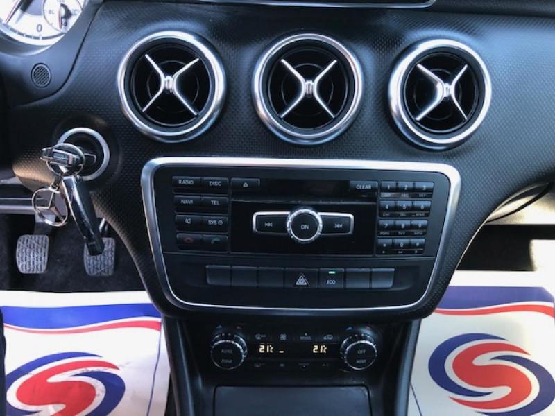 Photo 18 de l'offre de MERCEDES-BENZ CLASSE A A 200 CDI FAP BLUEEFFICIENCY  SENSATION  à 12990€ chez Triplo auto