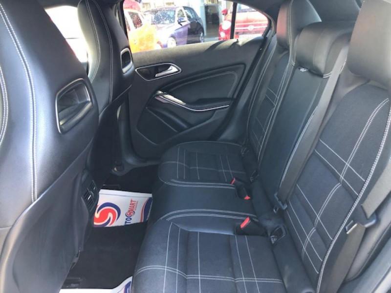 Photo 14 de l'offre de MERCEDES-BENZ CLASSE A A 200 CDI FAP BLUEEFFICIENCY  SENSATION  à 12990€ chez Triplo auto