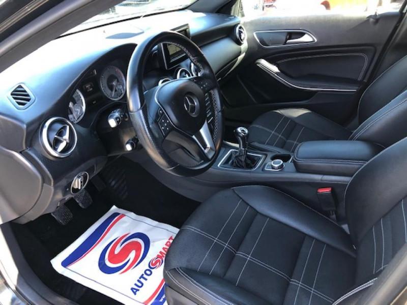 Photo 12 de l'offre de MERCEDES-BENZ CLASSE A A 200 CDI FAP BLUEEFFICIENCY  SENSATION  à 12990€ chez Triplo auto
