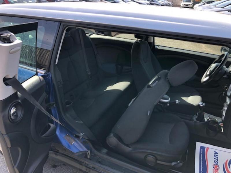 Photo 12 de l'offre de MINI MINI CLUBMAN COOPER D 1.6D110   à 6750€ chez Triplo auto