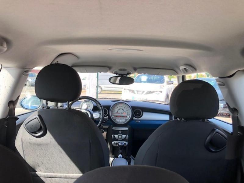 Photo 10 de l'offre de MINI MINI CLUBMAN COOPER D 1.6D110   à 6750€ chez Triplo auto
