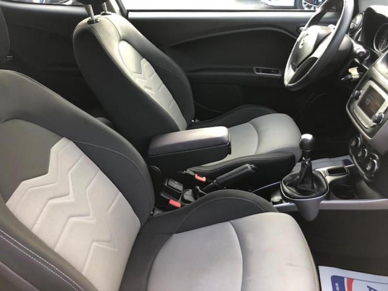 Photo 14 de l'offre de ALFA ROMEO MITO 1.4 MPI - 78 S/S  DISTINCTIVE  à 6990€ chez Triplo auto
