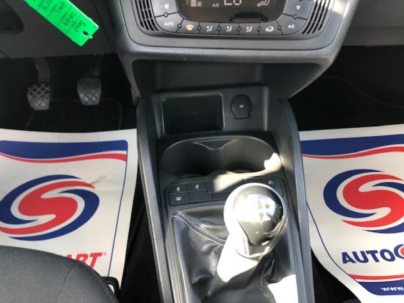 Photo 16 de l'offre de SEAT IBIZA 1.6 TDI 105  STYLE CLIM à 7990€ chez Triplo auto