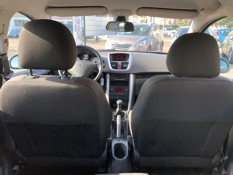Photo 10 de l'offre de PEUGEOT 207  1.4 VTI 16V  ALLURE   à 6990€ chez Triplo auto