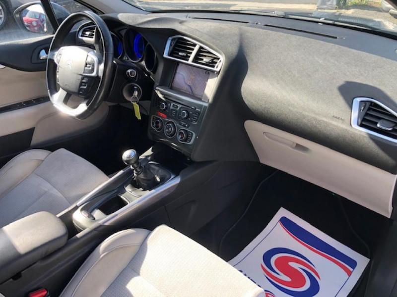 Photo 13 de l'offre de CITROEN C4  1.6 E-HDI FAP - 115   EXCLUSIVE  à 7490€ chez Triplo auto
