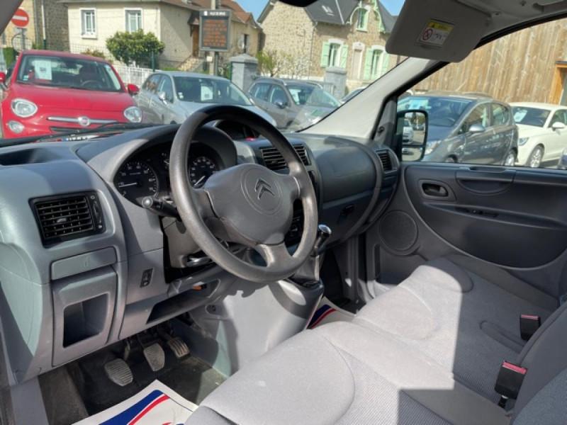 Photo 15 de l'offre de CITROEN JUMPY L1H1 1.6 HDI FAP - 90  CONFORT  à 10850€ chez Triplo auto