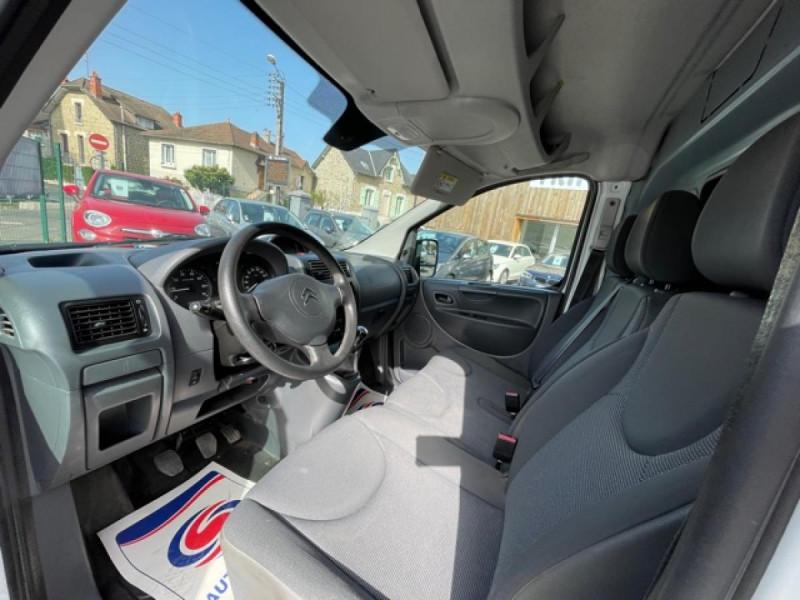 Photo 20 de l'offre de CITROEN JUMPY L1H1 1.6 HDI FAP - 90  CONFORT  à 10850€ chez Triplo auto