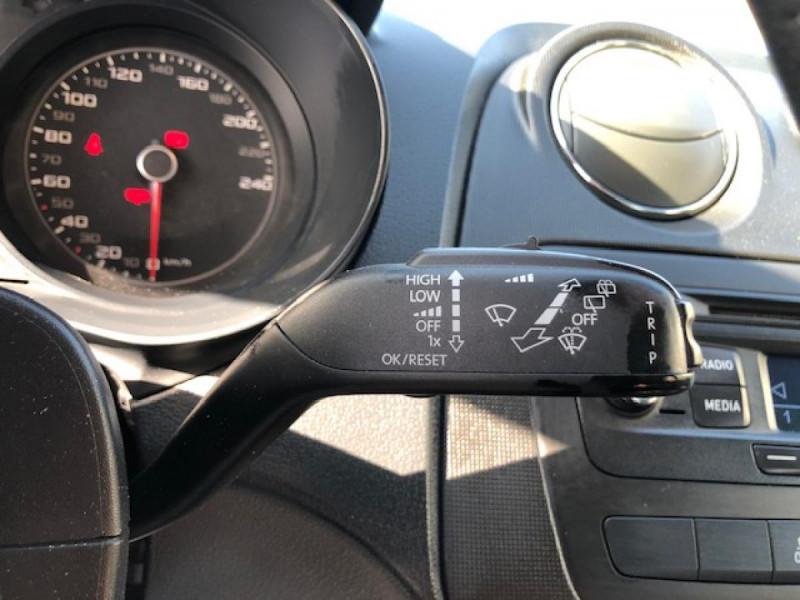 Photo 20 de l'offre de SEAT IBIZA 1.6 TDI 105  STYLE CLIM à 7990€ chez Triplo auto