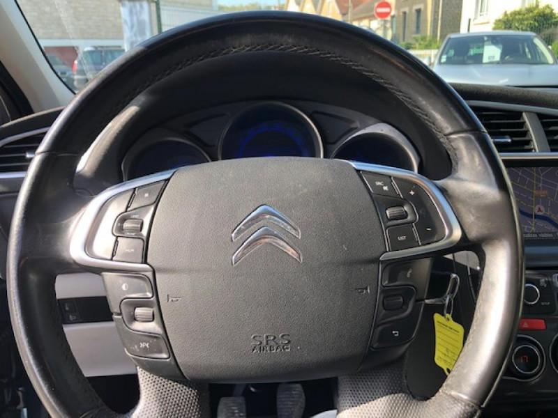 Photo 16 de l'offre de CITROEN C4  1.6 E-HDI FAP - 115   EXCLUSIVE  à 7490€ chez Triplo auto