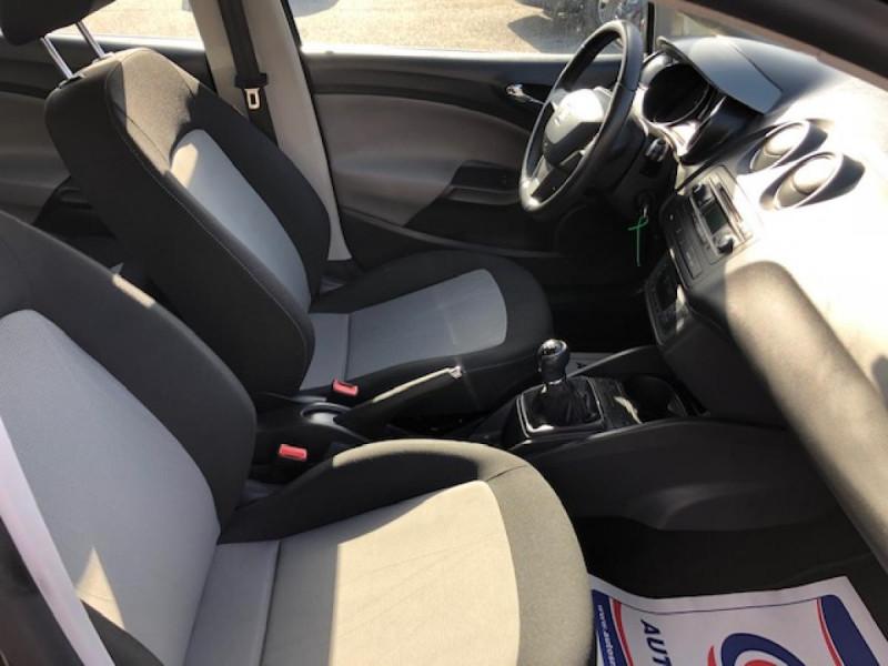 Photo 10 de l'offre de SEAT IBIZA 1.6 TDI 105  STYLE CLIM à 7990€ chez Triplo auto