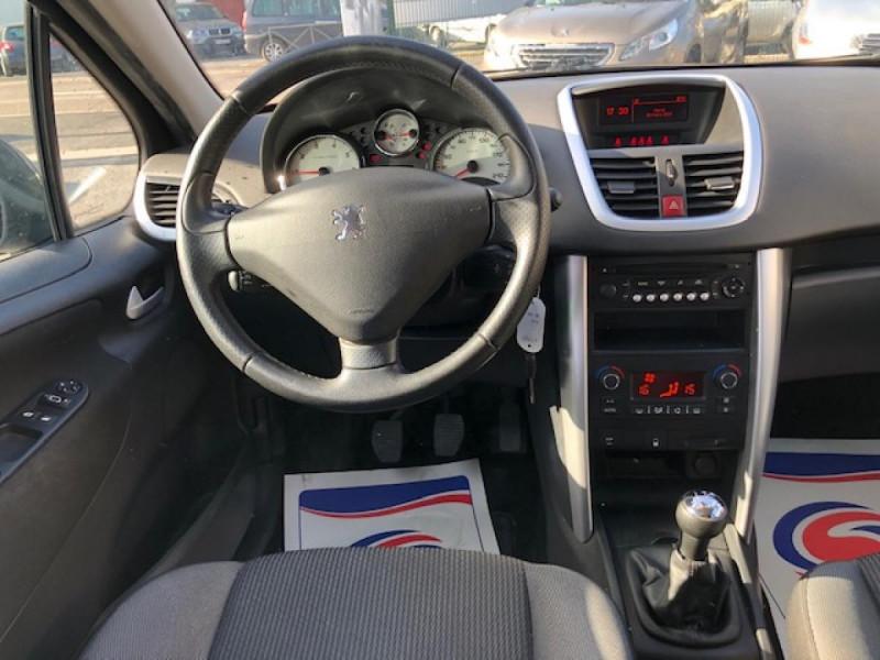 Photo 15 de l'offre de PEUGEOT 207  1.4 VTI 16V  ALLURE   à 6990€ chez Triplo auto