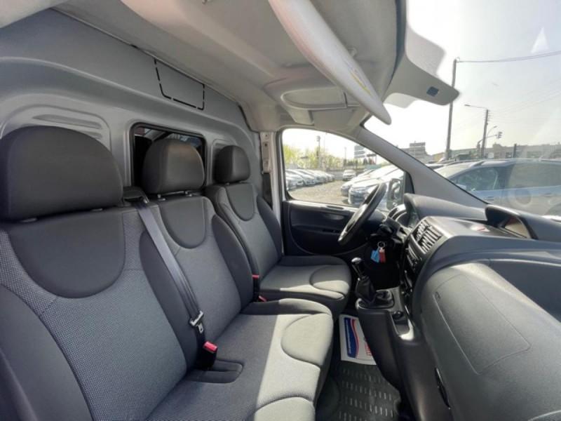 Photo 22 de l'offre de CITROEN JUMPY L1H1 1.6 HDI FAP - 90  CONFORT  à 10850€ chez Triplo auto