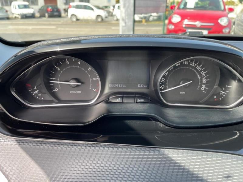 Photo 24 de l'offre de PEUGEOT 2008  1.2I PURETECH 12V - 82  STYLE   GPS  à 10450€ chez Triplo auto