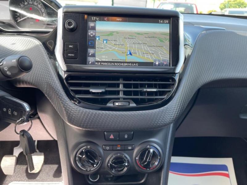 Photo 23 de l'offre de PEUGEOT 2008  1.2I PURETECH 12V - 82  STYLE   GPS  à 10450€ chez Triplo auto