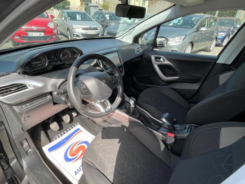 Photo 13 de l'offre de PEUGEOT 2008  1.2I PURETECH 12V - 82  STYLE   GPS  à 10450€ chez Triplo auto