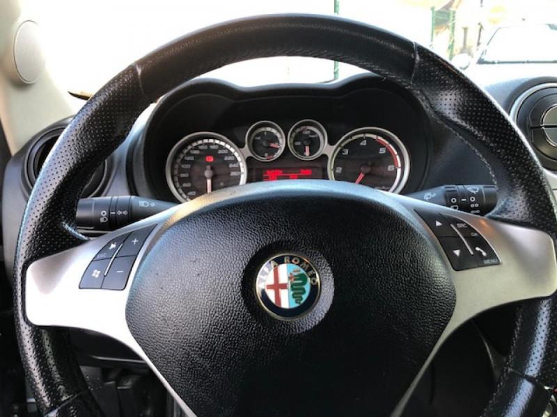 Photo 29 de l'offre de ALFA ROMEO MITO 1.3 JTDM - 95 S/S  DISTINCTIVE  à 6990€ chez Triplo auto