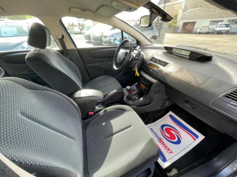 Photo 14 de l'offre de CITROEN C4  1.6I 16V - 110  PACK AMBIANCE CLIM RADAR RECUL  à 6350€ chez Triplo auto