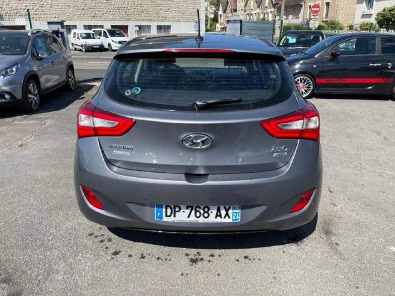 Photo 4 de l'offre de HYUNDAI I30 1.6 CRDI - 110 - BVA DCT-7 EXECUTIVE GPS à 10990€ chez Triplo auto