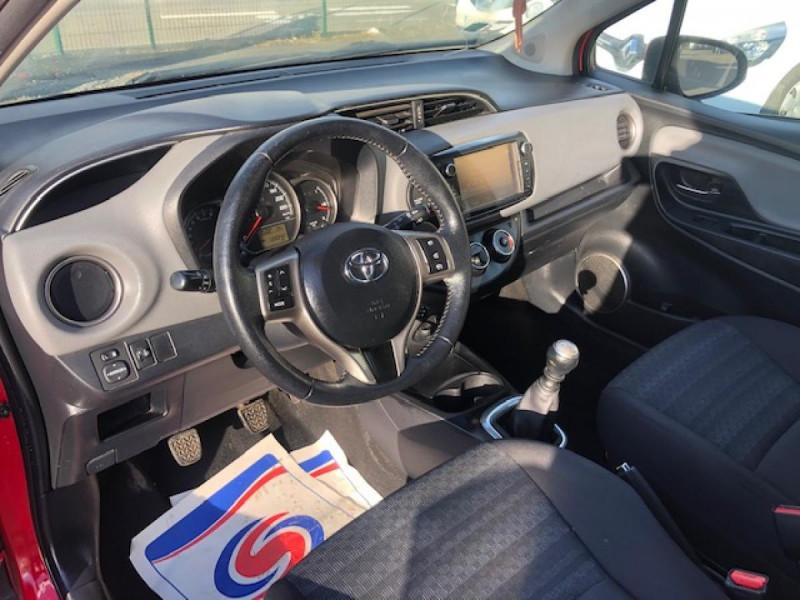 Photo 12 de l'offre de TOYOTA YARIS 1.3VVT-I100 LOUNGE GPS CAMERA RECUL à 7990€ chez Triplo auto