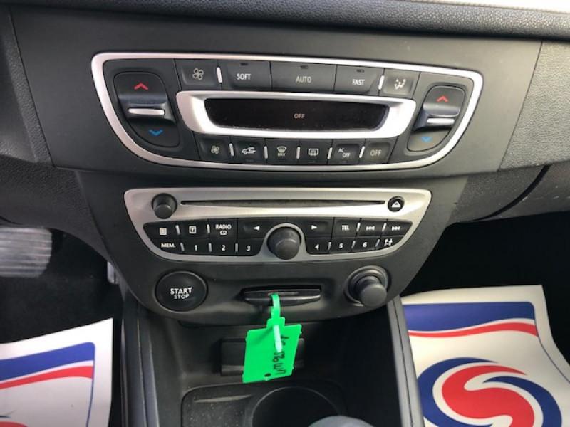 Photo 17 de l'offre de RENAULT MEGANE 1.5 DCI105 DYNAMIQUE CLIM   DISTRI OK   1ERE MAIN à 5490€ chez Triplo auto
