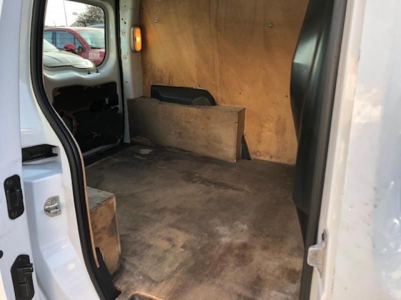 Photo 9 de l'offre de RENAULT KANGOO L1 1.5 DCI - 70  II EXPRESS FOURGON CONFORT CLIM à 6490€ chez Triplo auto