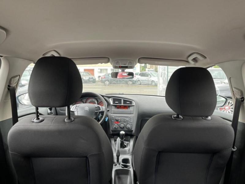 Photo 9 de l'offre de CITROEN C4 1.6 HDI 90 ATTRACTION CLIM DISTRI OK à 5350€ chez Triplo auto