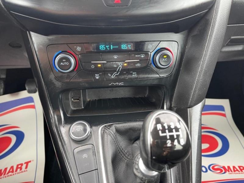Photo 19 de l'offre de FORD FOCUS SW 1.6TDCI115 TITANIUM GPS  à 8990€ chez Triplo auto