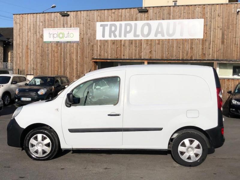 Photo 2 de l'offre de RENAULT KANGOO L1 1.5 DCI - 70  II EXPRESS FOURGON CONFORT CLIM à 6490€ chez Triplo auto