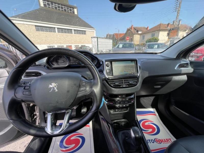 Photo 13 de l'offre de PEUGEOT 2008  1.6 E-HDI FAP - 92  ALLURE    TOIT   GRIPCONTROL à 11990€ chez Triplo auto