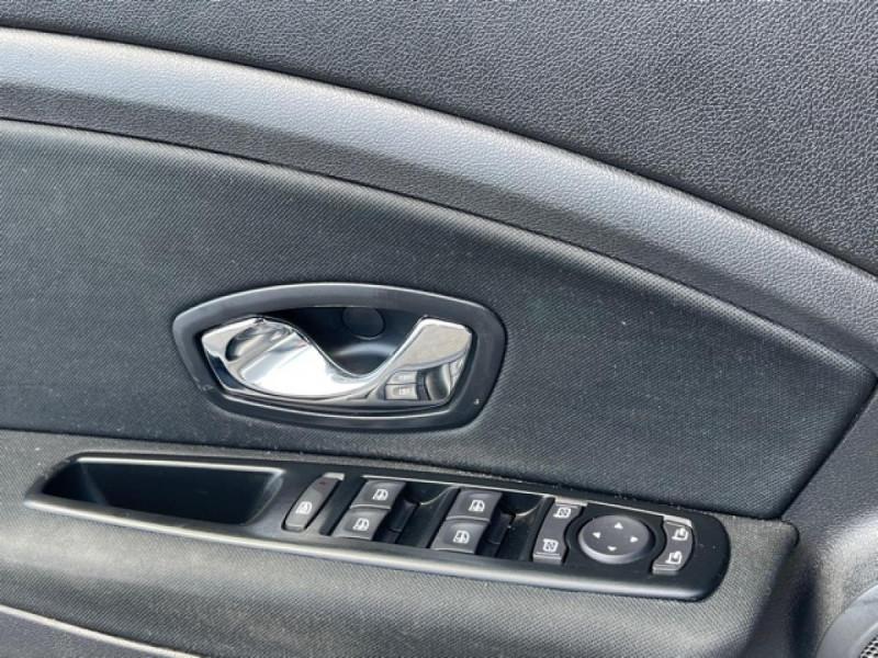 Photo 25 de l'offre de RENAULT MEGANE 1.5DCI-110  BUSINESS GPS RADAR RECUL à 7990€ chez Triplo auto
