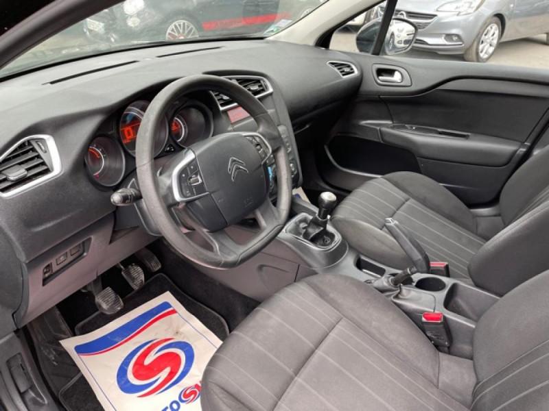Photo 13 de l'offre de CITROEN C4 1.6 HDI 90 ATTRACTION CLIM DISTRI OK à 5350€ chez Triplo auto