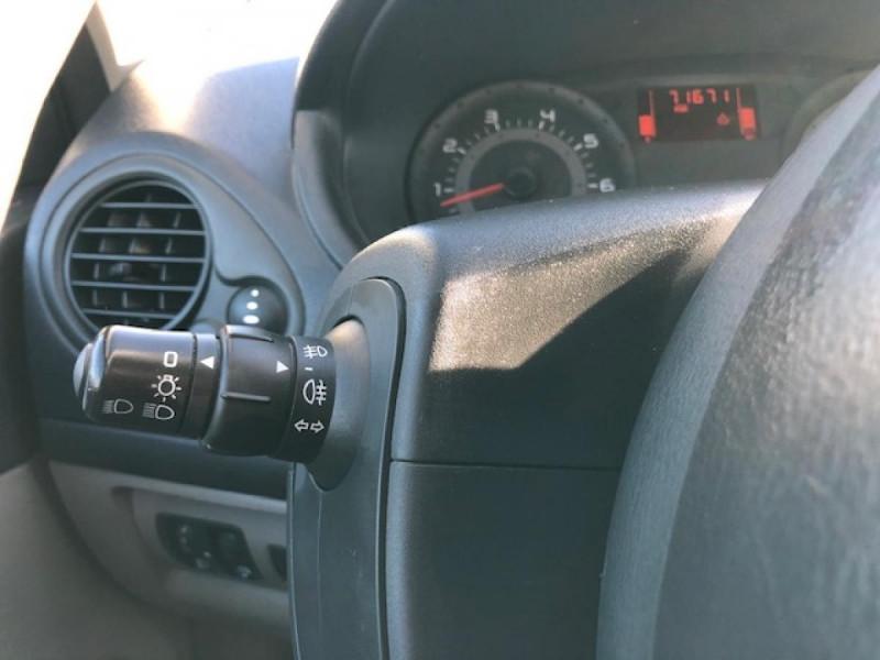 Photo 16 de l'offre de RENAULT CLIO 1.2I 75 DYNAMIQUE CLIM 71000KM DISTRI OK   CT OK à 5490€ chez Triplo auto