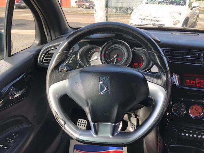 Photo 16 de l'offre de DS DS3  1.6THP155 SPORT CHIC CLIM RADAR REGULATEUR LIMITEUR DE VITESSE  CHAINE DE DISTRIBUTION NEUVE à 7490€ chez Triplo auto