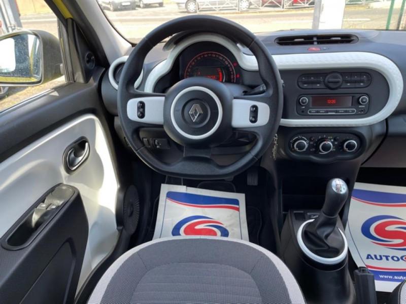 Photo 16 de l'offre de RENAULT TWINGO 1.0SCE-70 ZEN CLIM à 8350€ chez Triplo auto