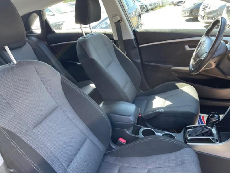 Photo 15 de l'offre de HYUNDAI I30 1.6 CRDI - 110 - BVA DCT-7 EXECUTIVE GPS à 10990€ chez Triplo auto