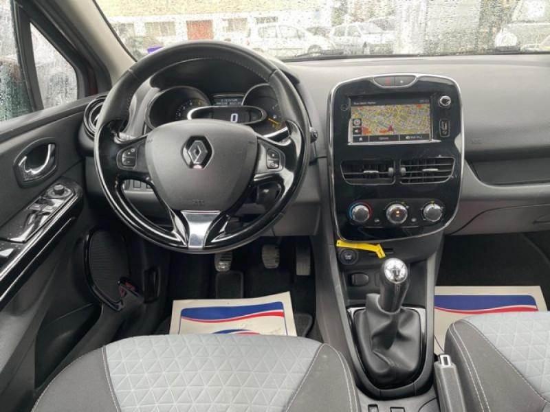 Photo 15 de l'offre de RENAULT CLIO 1.5DCI-90ZEN GPS DISTRI OK à 8490€ chez Triplo auto