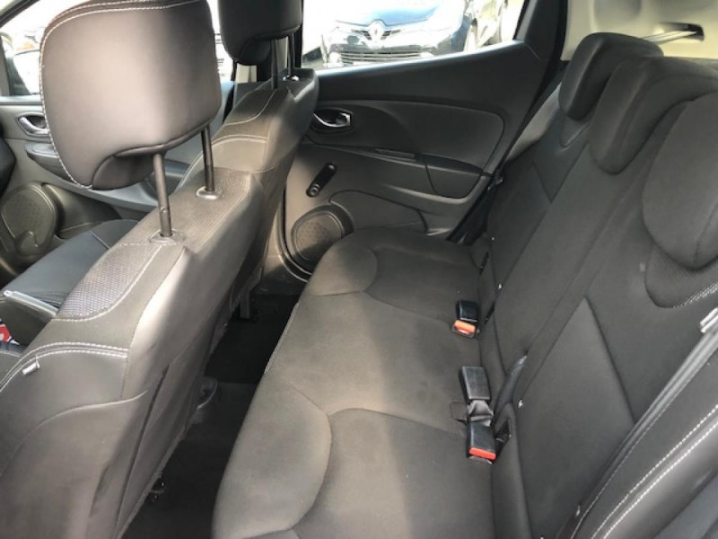 Photo 11 de l'offre de RENAULT CLIO 1.5 DCI 90 BUSINESS GPS DISTRI OK  à 7490€ chez Triplo auto