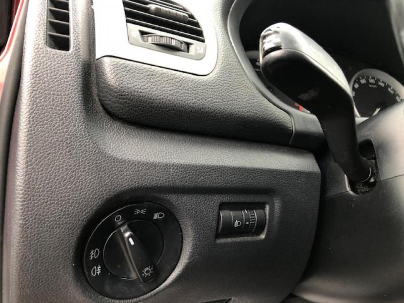 Photo 16 de l'offre de SKODA FABIA 1.2I 70  CONFORT CLIM JANTES ALU à 3650€ chez Triplo auto