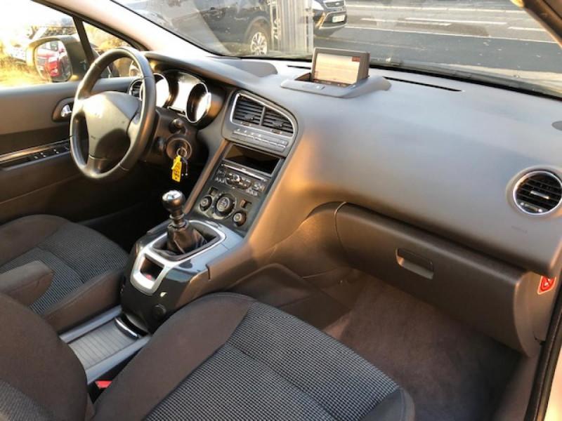 Photo 12 de l'offre de PEUGEOT 5008  1.6HDI112 5PL ALLURE GPS RADAR TOITPANO à 6490€ chez Triplo auto