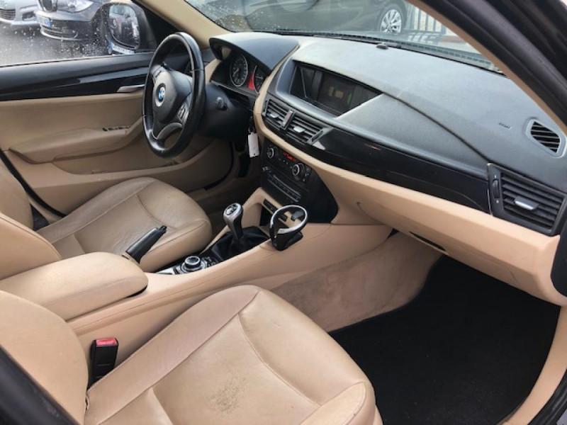 Photo 13 de l'offre de BMW X1  XDRIVE 204CV 23D E84 LUXE 4X4  à 9490€ chez Triplo auto