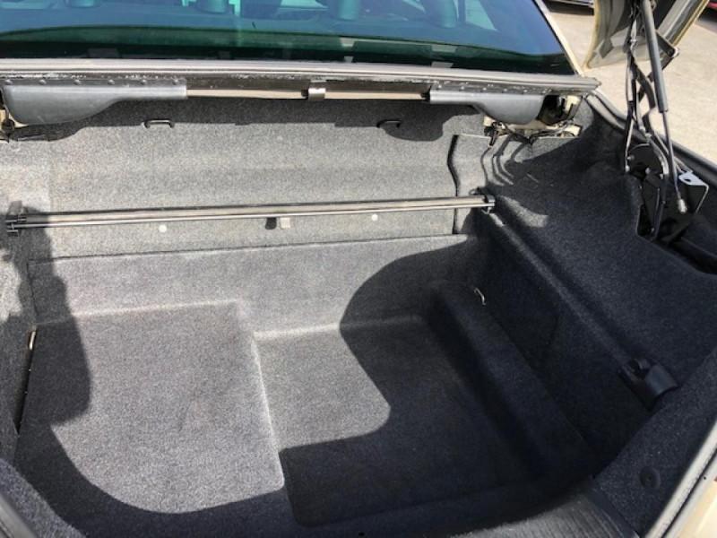 Photo 7 de l'offre de RENAULT MEGANE MéGANE CC 1.6I 16V - 116  II CC SPORT DYNAMIQUE  à 3990€ chez Triplo auto