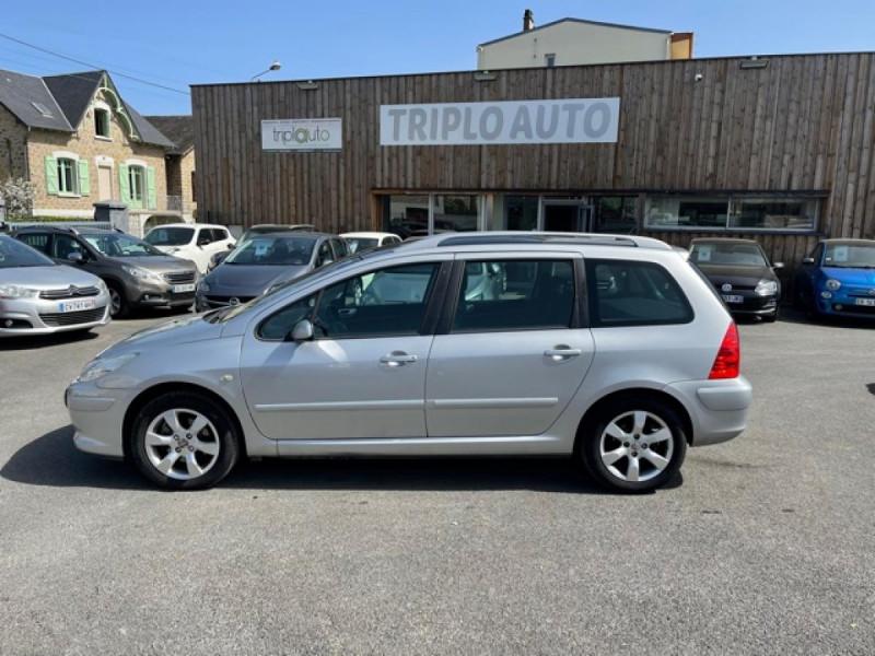Photo 2 de l'offre de PEUGEOT 307  SW 1.6 HDI 16V FAP - 110  SW BREAK SPORT PHASE 2 à 4990€ chez Triplo auto